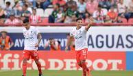 Necaxa golea 3-0 a Santos y acaba con el paso perfecto de los laguneros