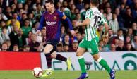 La magia de Messi aparece ante el Betis de Guardado y Lainez