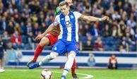 El futuro de Héctor Herrera está en España