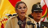 Presidenta de Bolivia critica a Fernández por invitar a Evo a su investidura
