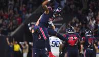 Hopkins atrapa 2 pases de touchdown; Texans vencen a Colts