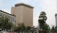 ...Y legisladores revisan en hotel de Reforma cambios a dictamen de PEF