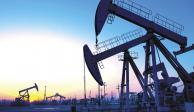 Petroprecios suben 4% tras explosión de buques en el Golfo de Omán