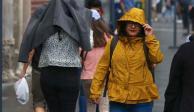 Amanece con lluvia y prevén chubascos vespertinos en Valle de México