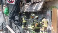 Cae barda de inmueble en Calzada de Tlalpan