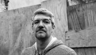 "Premian a Emiliano Monge por su novela ""No contar todo"""