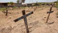 Suman 706 cuerpos recuperados en fosas clandestinas: Segob