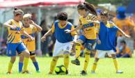 CEMEX y Tigres impulsan deporte entre los niños de México