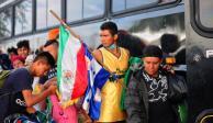 Quinientos migrantes que buscan asilo en EU aguardan en la frontera Sonora-Arizona