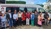 Senador dona su aguinaldo y compra ambulancia para indígenas