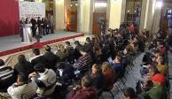Presenta López Obrador Plan de Desarrollo para el Bienestar