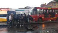 Patrulla provoca carambola y choca contra Metrobús en Insurgentes