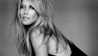 A sus 48 años, Claudia Schiffer impacta con desnudo