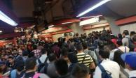 Usuarios en redes reportan caos en L7 del Metro por caída de usuario a las vías