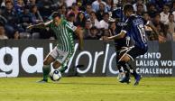 Querétaro cae ante el Betis; Lainez fue titular y Guardado cambio