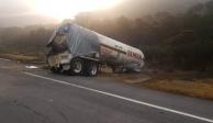 Vuelca pipa con amoniaco en Michoacán y deja 5 muertos, intoxicados...