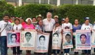 Se abrirán cuarteles militares para búsqueda de los 43, asegura Alejandro Encinas