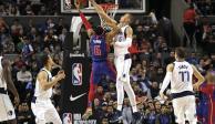 Mavericks logra su victoria 17 en México luego de vencer a Pistons