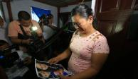 """""""Se ve cómo la protegió, murieron abrazados"""", dice abuela de Valeria al ver foto"""