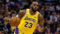 LeBron James seguirá usando el número 23 con los Lakers