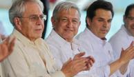 """AMLO ofrece acabar con """"cementerio de obras de salud"""" de gobiernos pasados"""