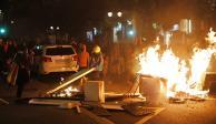 Violencia por sentencia a independentistas paraliza a Barcelona