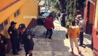 Auto sin frenos rueda por escaleras peatonales en Álvaro Obregón