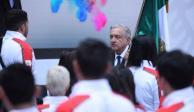 AMLO abandera a los deportistas que participarán en Juegos Panamericanos