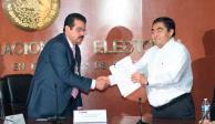 Miguel Barbosa se registra como candidato a gubernatura de Puebla