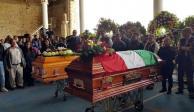 Realizan funerales del alcalde y síndico asesinados en Tlaxiaco