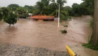 VIDEO: Río que divide Colima y Jalisco se desborda tras intensas lluvias