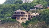 Asegura FGR casa en Ixtapa a esposa de Emilio Lozoya