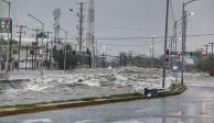 Lluvias desbordan Arroyo Topo Chico en Nuevo León