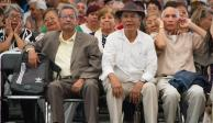 AMLO anuncia iniciativa para elevar a rango constitucional pensiones y becas