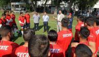 Amaury Vergara visita Verde Valle en compañía de Ramón Morales