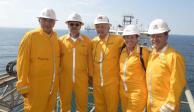 Pemex compra siete plataformas petroleras, anuncia AMLO