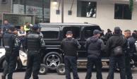 Por ser delito federal, caso de atrincherados en camioneta de lujo va a FGR