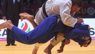 Video: Descalifican a judoca por traer su celular en pleno combate