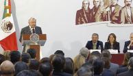 AMLO pide a embajadores difundir la transformación que vive México