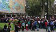 Protestan estudiantes en rectoría de Chapingo por feminicidio