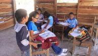 14% de escuelas indígenas sin sanitarios; 64% no tienen agua: INEE