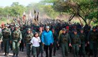 Maduro convoca a diálogo para debatir propuestas y posibles soluciones