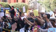 Universitarios protestan en Guanajuato por asesinato de Daniela