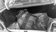 Encuentran dos cadáveres en descomposición en taxi abandonado en Coyoacán