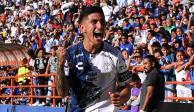 Víctor Guzmán llega a Guadalajara para realizarse exámenes médicos