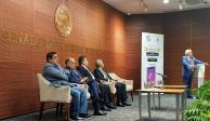 Presenta Eduardo López Betancour su nuevo libro en el Senado
