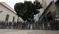 Fuerzas de seguridad toman palacio legislativo de Venezuela