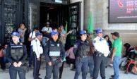 Trabajadores del INBAL cierran el Palacio de Bellas Artes por falta de pagos