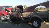 Choque frontal entre dos camionetas deja un muerto y 4 heridos en Jalisco