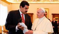 Maduro envía una carta al Papa Francisco para pedirle ayuda